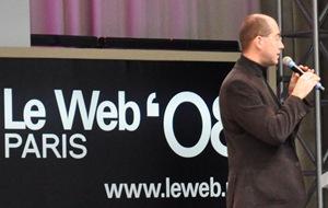 John Buckman presenting at Le web